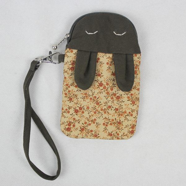 小兔手机包的制作(裁剪图)